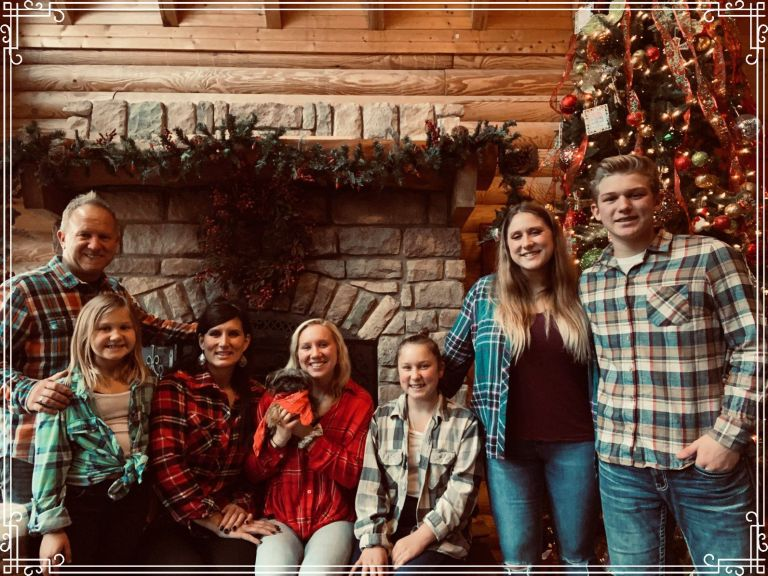 family pic 2019 with frame